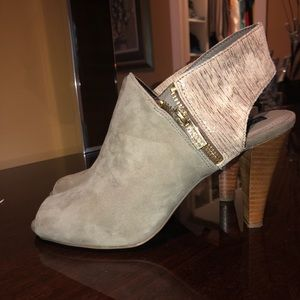 Kenneth Cole Ankle Booties
